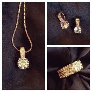 Jewelry - Stunning jewelry set/bridal set in rose gold💎💍